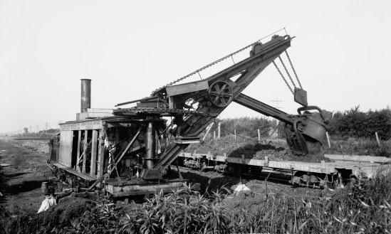 Фото последней «Лопаты Отиса» в процессе работы на Чикагской железной дороге